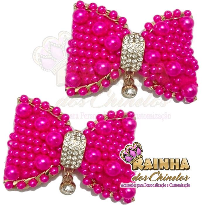 8c47b8309a Laço Pérolas Pink Pingente Dourado Strass Crystal (Par)